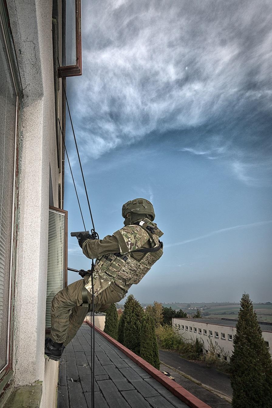 Comander harness system
